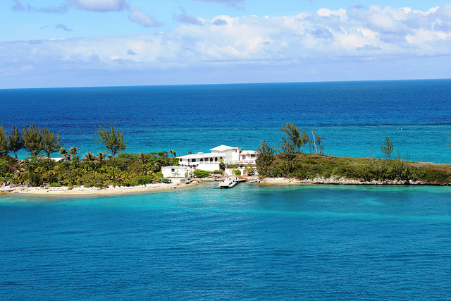 bahamas essays Enjoy this guest article provided by my close friends steve & cyndi as they discovered the tropical waters of the bahamas.