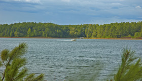 lake-hartwell